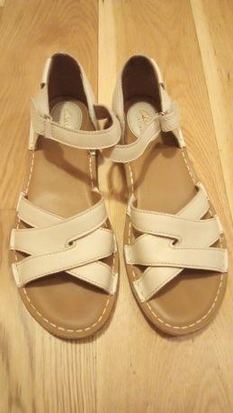 Sandały Clarks 39