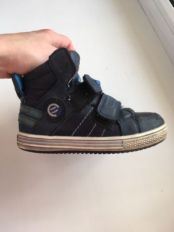 Ботинки 27размер