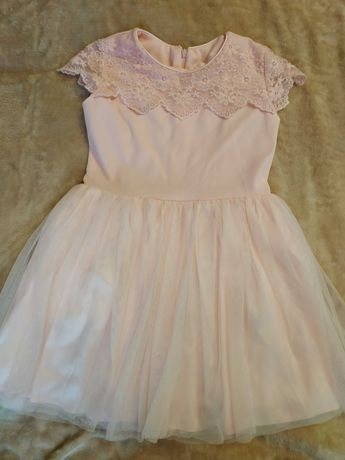 Нарядное платье 128р. 5-7 лет.