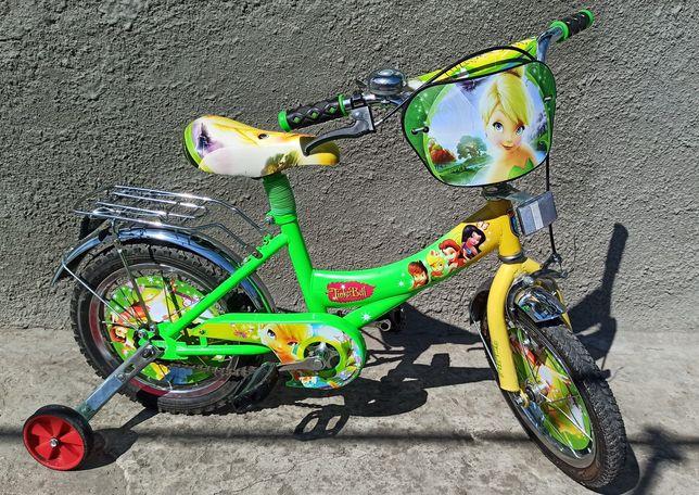 Яркий детский велосипед для девочки