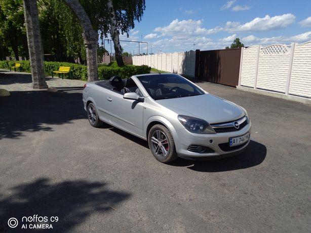 Продам Opel Astra H кабриолет.