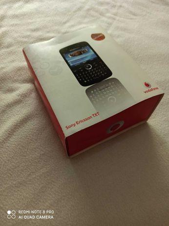 Telemóvel Sony Ericsson TXT