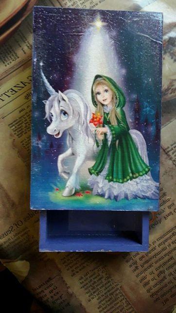 Шкатулка-пенал для маленькой принцессы (декупаж)