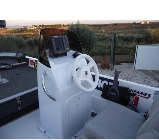 Consola Barcos pesca em Fibra de Vidro 1,10 mt (nova)