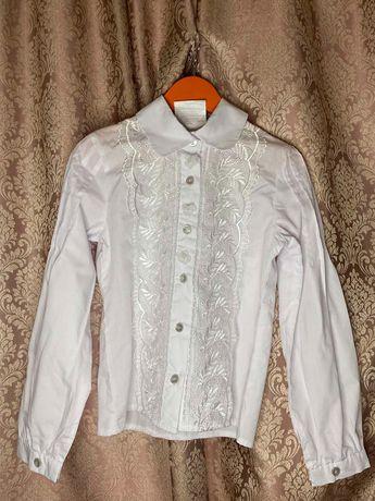 Белые блузки в отличном состоянии, размер 146/152