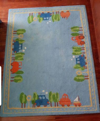 Carpete de criança em tons de azul
