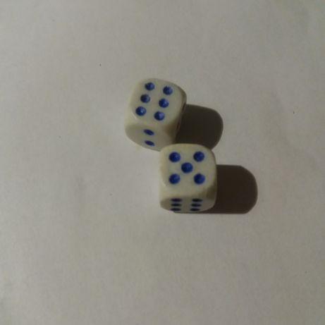 гральні кубики ( кості )
