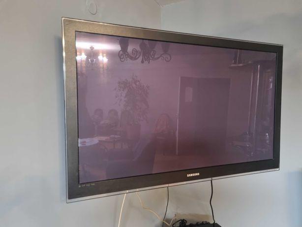 Telewizor Samsung plus zestaw kina domowego