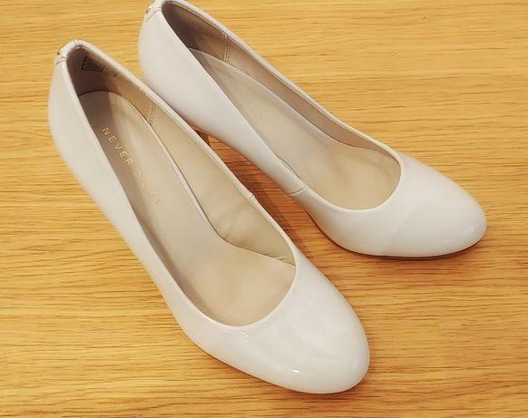 Buty szpilki na ślub 39