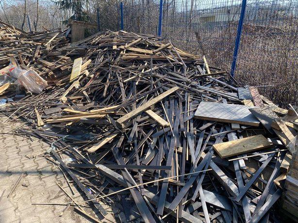 Drewno, ścinki, sklejka