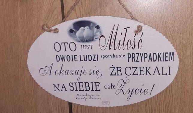 Urocza drewniana tabliczka z napisami dekoracyjna - prezent ślubny