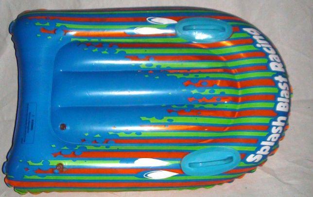 Splash Blast Racing. Pompowana deska z uchytami do nauki pływania.