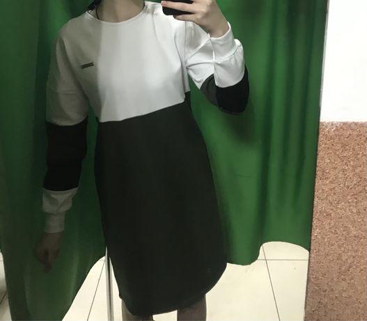 Продам портивну сукню