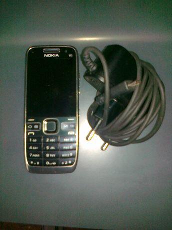 Nokia E-52, kultowa, stan b. dobry, z ładowarką siciową, bez simlocka
