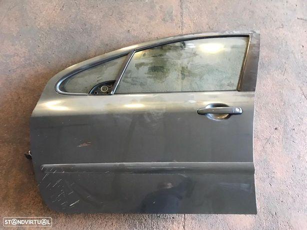 Porta Frente Esquerda Peugeot 307 2006