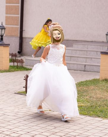 Продам платье пышное, нарядное на свадьбу или выпускной