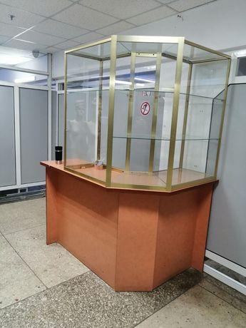 Продам витрину / мебель в магазин