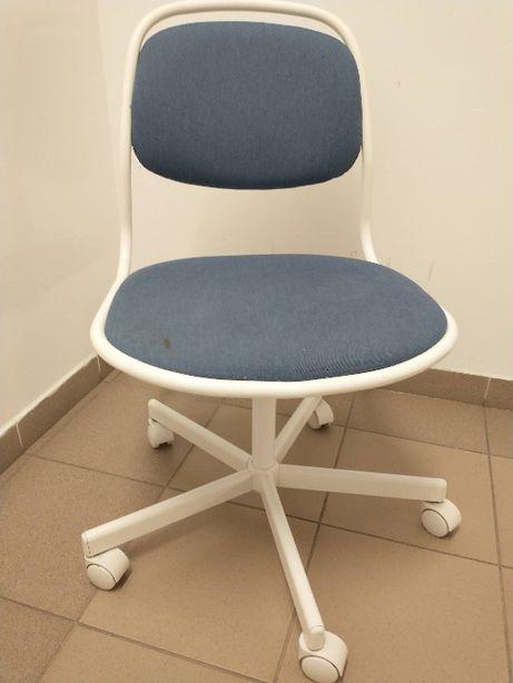 wygodny fotel biurowy dla dziecka ÖRFJÄLL