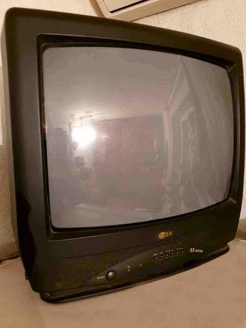 Продам телевизор LG CF-20F39