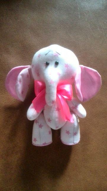 Розовый слон игрушка ручная работа 18 см новый. Подарок на Валентина
