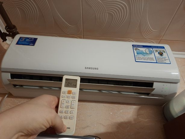 Продам кондиціонер Samsung AQ09TSBN на Подолі