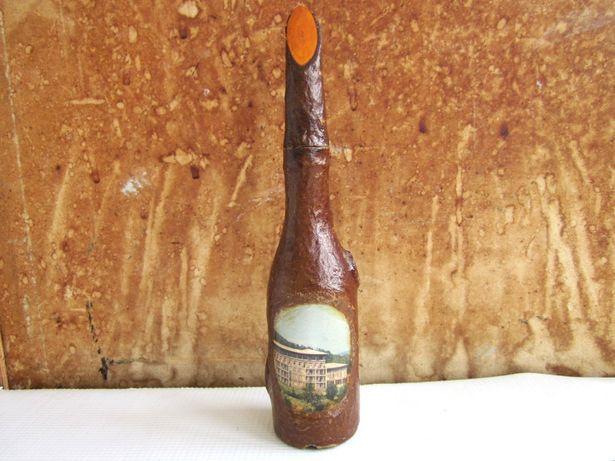 Бутылка с пробкой из дерева (СССР)