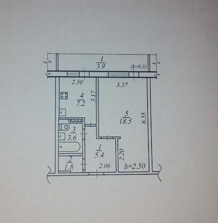 M2. 1-комнатная. ж/м Тополь 1.