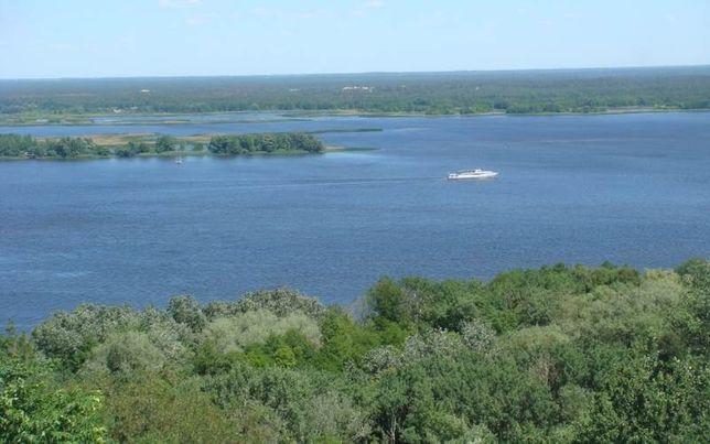 Земельна ділянка на березі Дніпра 40 км від Києва