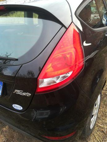 Lampa tył prawa Ford Fiesta mk7 Europa