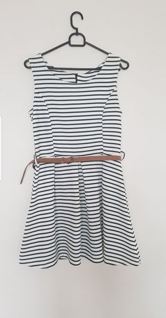 Sukienka w paski M 38