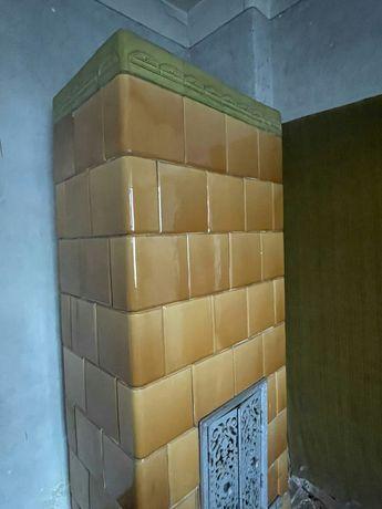 Piec kaflowy - zabytkowe drzwiczki