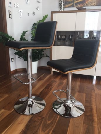 Hoker stołek barowy