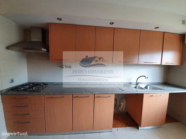 Apartamento T2 Casais de Mem-Martins