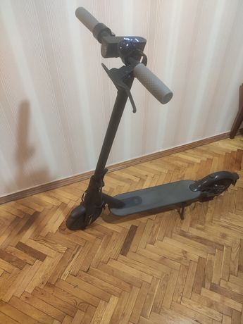 Самокат Mi Scooter 1s