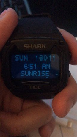 Relógio Shark Tide para Surf