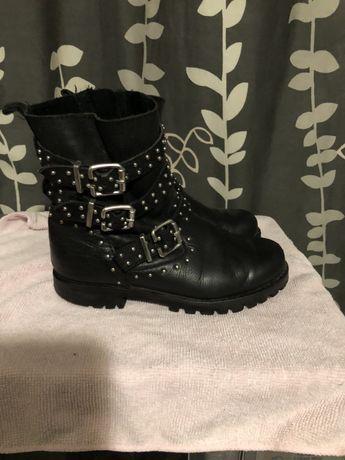 Кожаные ботинки zara +резиновые сапоги в подарок