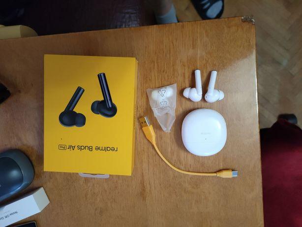 Навушники Realme Buds Air Pro