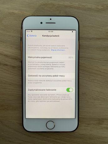 Iphone 8 64 gb gold, 85% bateria, dobry stan