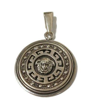 Wyrób jubilerski używany - srebrna zawieszka w stylu versace 3,5cm