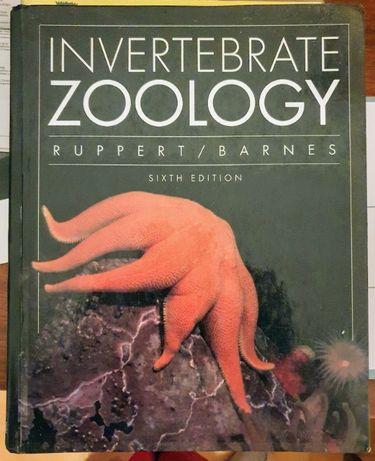 "Livro ""Invertebrate Zoology"", de Ruppert & Barnes"