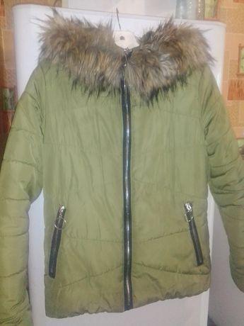 Курточка тепленькая