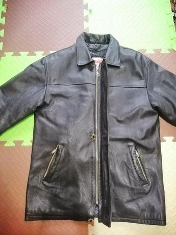 Кожаная куртка (отличное качество)