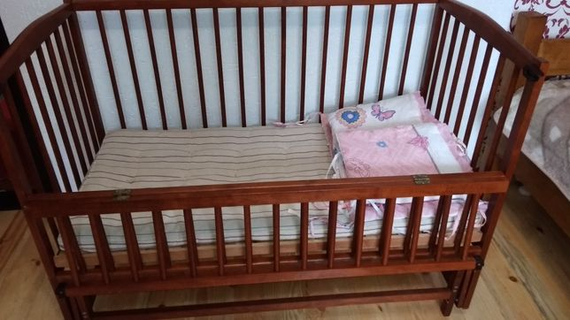 Кроватка-колиска