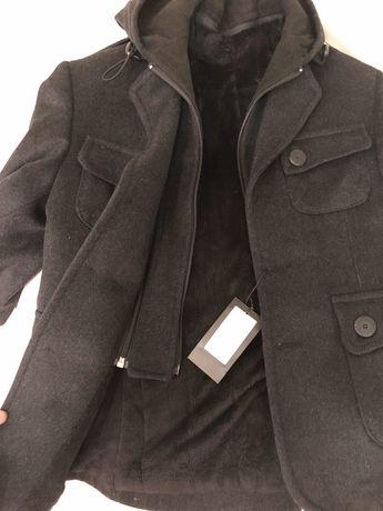 Продам стильное шерстяное новое детское пальто