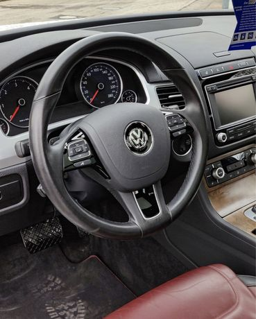 Руль Мультируль Подушка AirBag VW Touareg Кнопки Пластик 10-14 7P 7Р