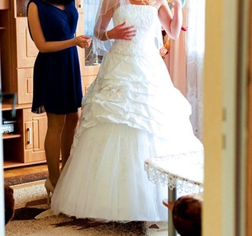 BAJECZNA dwuczęściowa suknia ślubna kryształki Swarovski welon 38 M 40