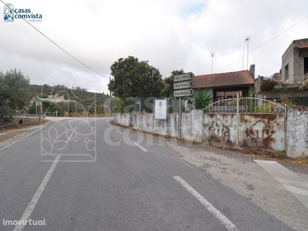 Moradia T3 / Para Remodelar / Terreno 518m2 / Alveijar /F...