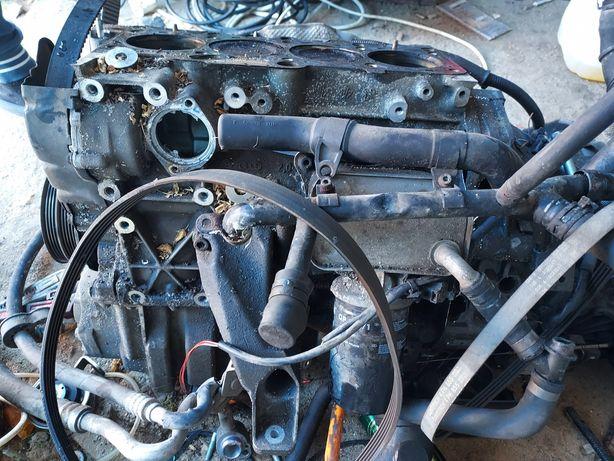Silnik kompletny  2.0 115KM