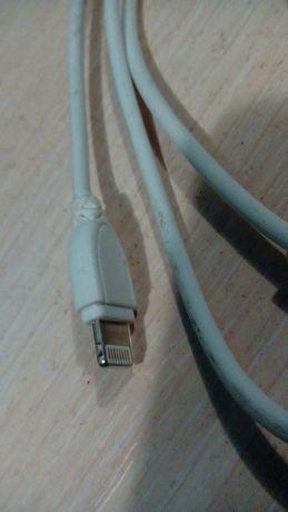 Шнур на iPhone 5
