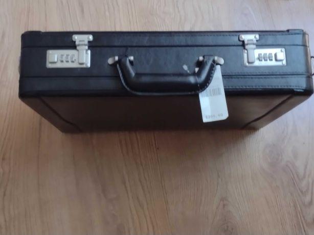 Skórzana  torba walizka WILSON , neseser biznesowy Duża nowa ! 100%